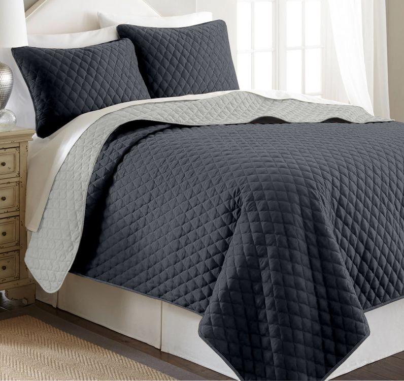 f8a0866c7d25 Scandi Oboustranný přehoz na postel PIRUU 200x220 cm - ocelový světle šedý
