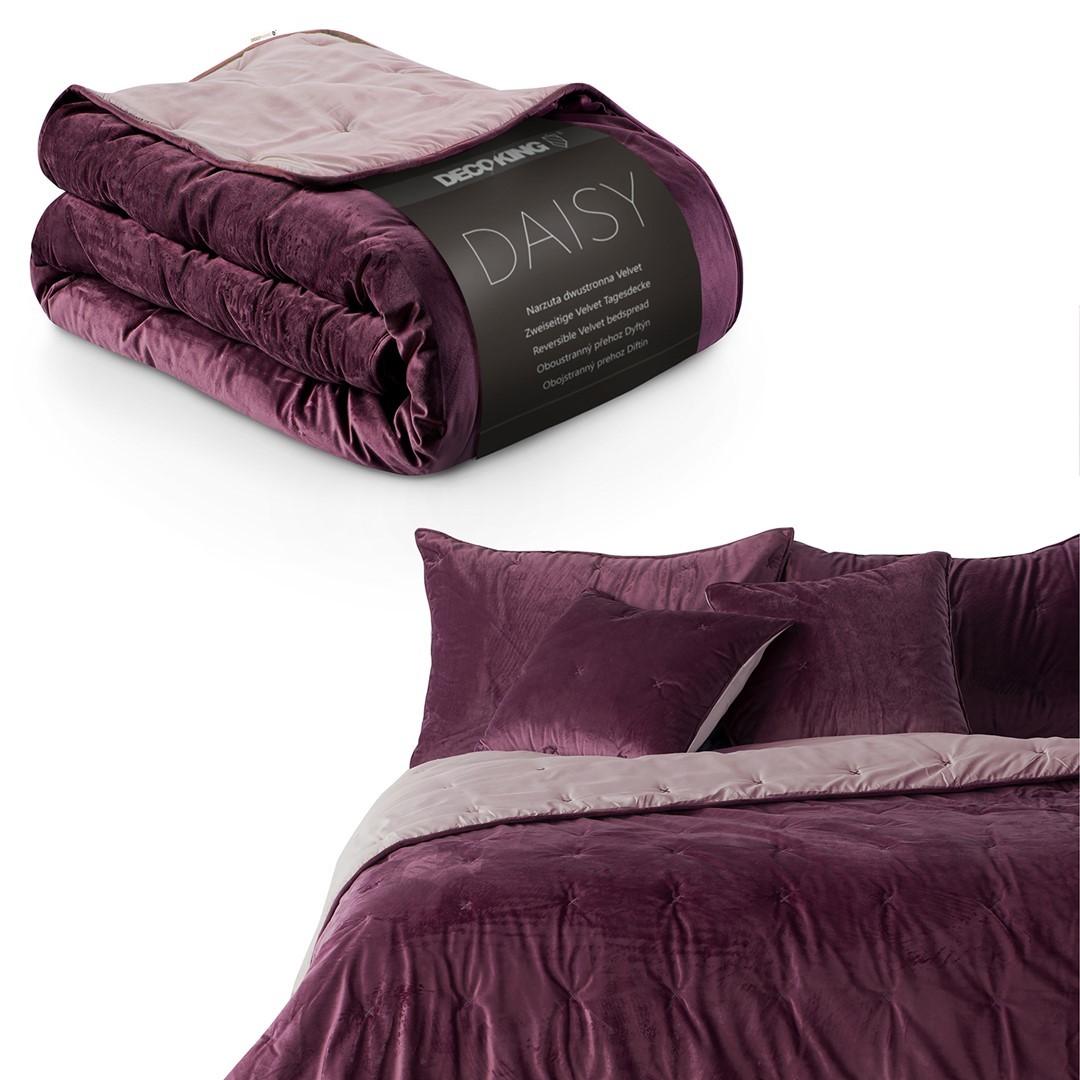 Oboustranný přehoz na postel DecoKing Daisy fialový